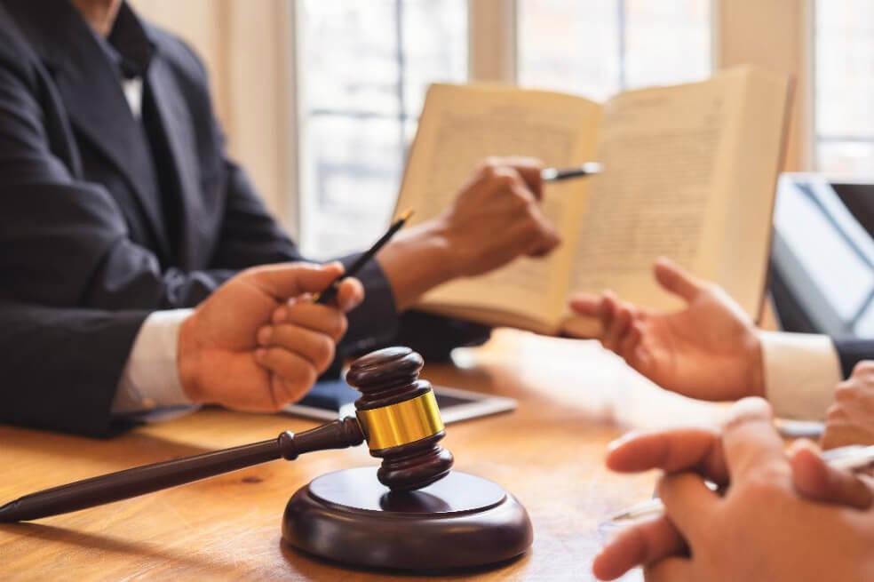 abogados-01